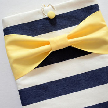 "Macbook Pro 15 Sleeve MAC Macbook Air / Pro 15"" inch Laptop Computer Case Cover Navy & White Stripe with Yellow Bow"
