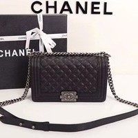 Simple-Chanel Women's Rhombus Chain Inclined Shoulder Bag (silvery)