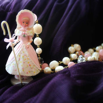 Little Bo Peep barbie necklace
