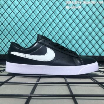 DCCK2 N161 Nike Tennis Classic AC Leather Casual Skeat Shoes Black White