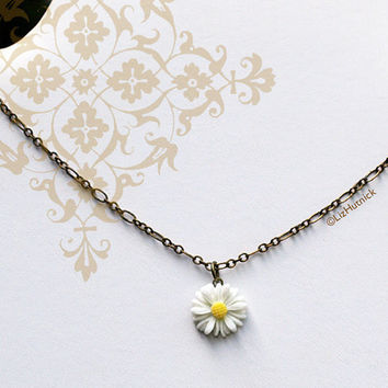 Hippie Chic Daisy Necklace. Bohemian Style Jewelry by Liz Hutnick. Flower Necklace. Peace and Love