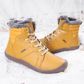 Plus Size Men Winter Snow Boots genuine leather Couple warm kanye Waterproof Ski Boots For Men Rubber Ankle Shoes botas hombre