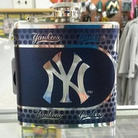 MLB New York Yankees 6oz Stainless Steel Flask with 360 Wrap