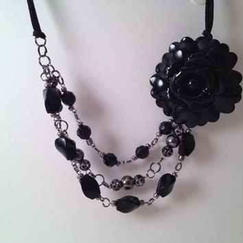 Black flower beaded statement necklace large by MynisaUnique