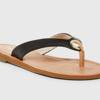 Sadey Sandal in Black Vegan Leather. Report Footwear. Size 8.