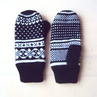 Christmas Clearance Sale! Snowflake Mittens Knit Winter Gloves Fleece Lining  Traditional  Fair Isle Knit Gift For Her   Ready to Ship!