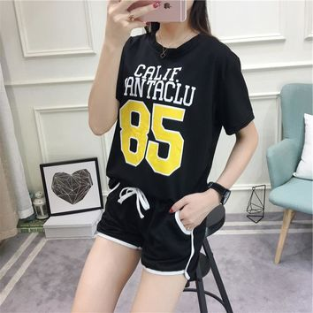 Women Casual Numeral Letter Print Short Sleeve Shorts Set Two-Piece Sportswear