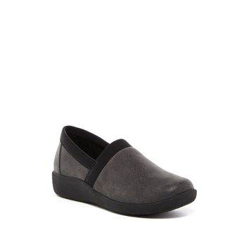 Clarks Women's Sillian Blair Clog Slip On Flats - Multiple Widths