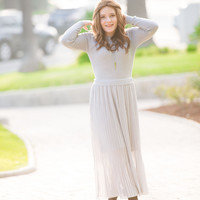 Long Sleeve Knit Pleated Dress