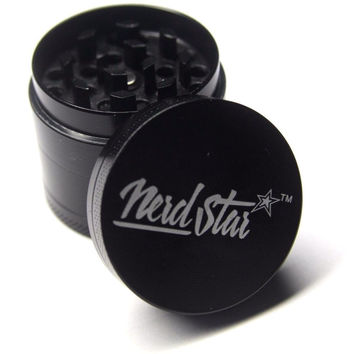 4 Piece Herb Grinder  Zinc Alloy Black  40 mm Nerd Star*