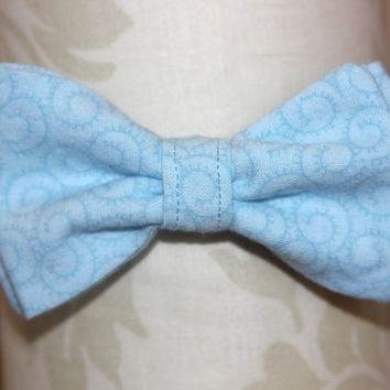 Light Baby Blue Swirls Adjustable Bowtie (Baby / Infant / Toddler Boy)