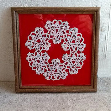 Framed white wreath Crochet lace applique Stunning design motif Beautiful crocheted gift idea Valentines day Christmas present Nursery decor