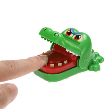 New Funny New Cartoon Animal Toy Crocodile Dentist Bite With Keychain Mouth Baby Kid Gags Toys FCI#