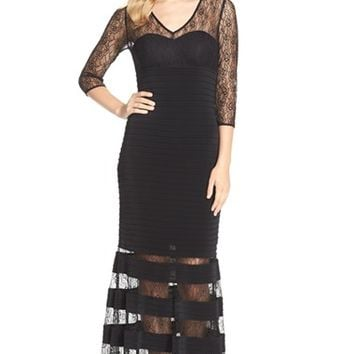 Women's JS Collections Lace & Jersey Mermaid Gown,