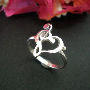 Zinc Alloy Heart Shaped Bass and Treble Clef Ring