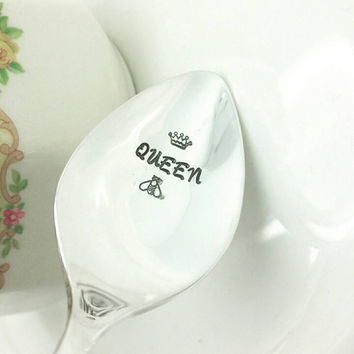 Queen Bee Spoon, Gift for Honey Lover, Gift for Wife, Gift for Mom, Gift for Friend, 30th birthday, 40th birthday, Gift for Boss, Boss Gift