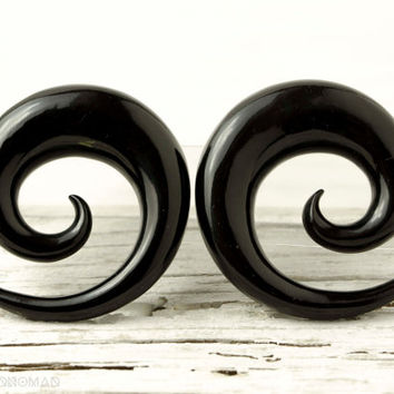 "Black Horn Earrings Simple Spiral Gauges  16g 14g 12g 10g 8g 6g 4g 2g 0g 00g 1/2""  Expanders - GA002 H G1"