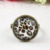 Amazon.com: Classic Color Ring Strongly Individualizes Leopard Finger Adjustable Ring: Everything Else