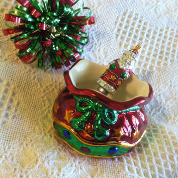 Ceramic Christmas Dish Vintage Boston Warehouse Metallic Painted Condiment Bowl With Matching Santa Spreader Knife Buffet Cheese Spreader