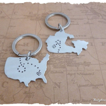 Long Distance Relationship - Ships FAST - Canada to USA - Map Key chains -  Long Distance Love or Friendship - LDR