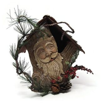 Rustic Santa Bird House, Mistletoe Romatic Holiday Decor