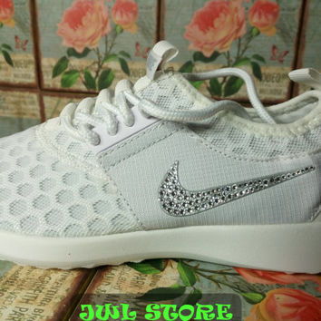 blinged nike roshe run shoes juvenate white color sneakers customized with swarovski crystal rhinestones