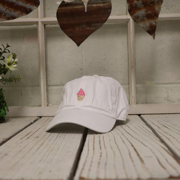 49ca75448f7 STRAWBERRY ICE CREAM Baseball Hat Low Profile Embroidered Baseball Caps Dad  Hats White