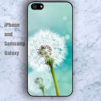 blue air dandelions iPhone 5/5S Ipod touch Silicone Rubber Case, Phone cover