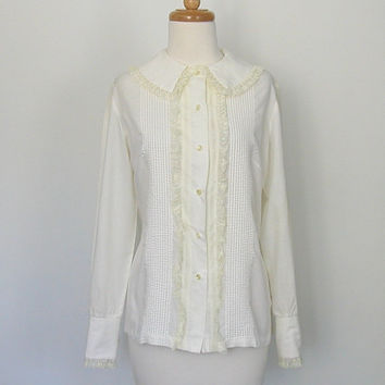 Cream Ruffle Blouse / 1970s blouse / pintuck / by roguegirlvintage