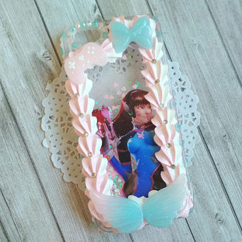 Overwatch D.va - Decoden phone case (waterfall case) Iphone 6/6s (resin cabochons glow in the dark) rhinestones border