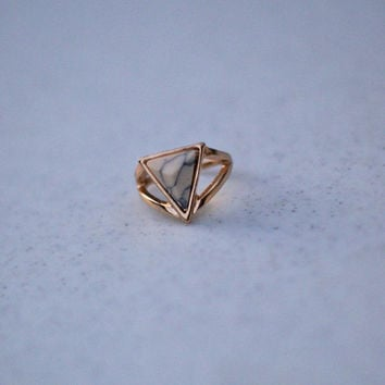 Underneath the Moonlight Stone Ring - Ivory