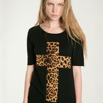 Black Leopard Cross Print Short Sleeve Top
