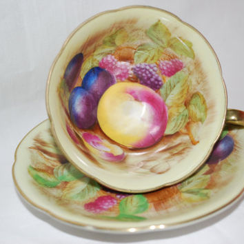 Occupied Japan Tea Cup and Saucer Hand Painted with Gold Lid and Fruits , Collectible Tea Cup