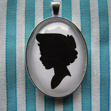 Wendy Darling Silhouette Cameo Pendant Necklace