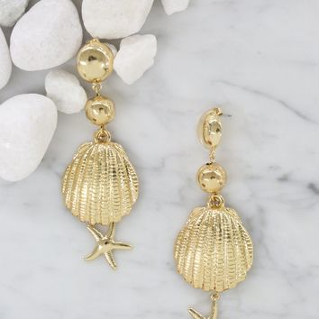 Beach Shell and Starfish Earrings in Gold