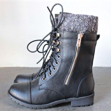 LMF1U6 the laced up combat sweater boots - black