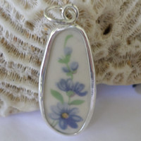 Violet Broken China Pendant Neecklace Light Purple Pendant Flower Pendant Old China