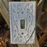 White Light Switch Plate / Shabby Chic Light Plate Cover / Single Cast Iron Light Plate Cover / Wall Decor / Fleur de lis Pattern