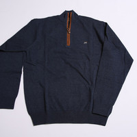 Heathered Midnight - Hayward 1/4 Zip | Southern Point Co.