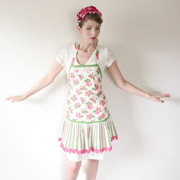 1940's Apron,VINTAGE, Full Apron, Kitsch, Pom Poms, PINUP, Roses, Pink, Carnival, CUTE!