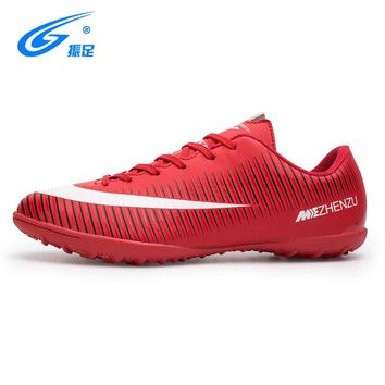zhenzu 2017 New Turf Futsal Soccer Shoes for men Cheap Indoor Football Boots Professional TF Soccer Boots Nails Cleats Sneakers