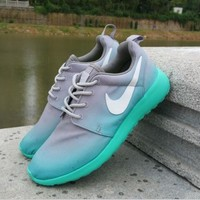 NIKE Roshe Run Print Gradient sports shoes gray green-white hook H-MDTY-SHINING