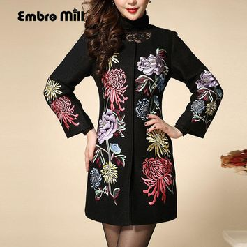 Chinese traditional clothing women wool embroidered trench coat  autumn winter new vintage royal embroidery coat female M-4XL