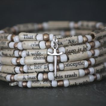 Shakespeare Book Bead Charm Bracelet in Bronze