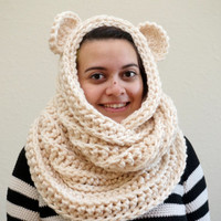 hood scarf, bear hood, bear ear scarf, crochet bear cowl, oversized scarf, animal scarf, wool scarf, ribbed scarf / THE CUB / Cream