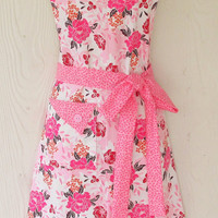 Pink Floral Apron, Women's Full Apron, Vintage Style, Cottage Roses, KitschNStyle