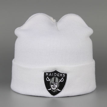 OAKLAND RAIDERS Beanie Fashion Winter Warm Mens & Womens White Cuffed Skully Hat