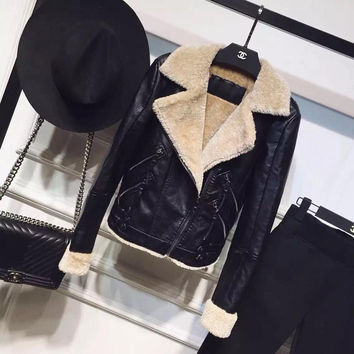 Leather Jacket Women Limited Faux Leather Full 2016 Winter New European And American Big-name One Lamb Wool Velvet Coat Jacket