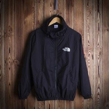 The North Face Unisex Windbraker