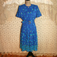 Vintage Blue Dress 80s Secretary Dress Floral Print Shirtwaist Dress Matching Belt Short Sleeve Pleats Petite Small Medium Vintage Clothing